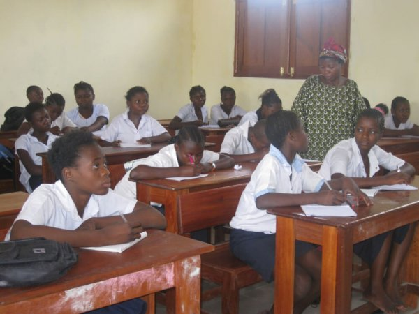 Schulbesuch Kongo